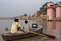 Varanasi on TV by Arquimides Espiritu