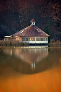 Lake house by Mihaela Coste