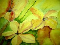 Zarte Blüten in Gelb by Cornelia Greinke