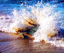Breaking Wave by Angie Wallis