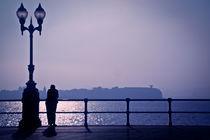 Silhouette in Gijón (Spain) by mahura