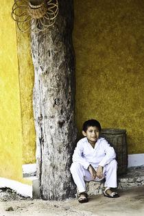 Joven Maya by Julio Guajardo