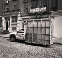 Glass Truck: New York City by Ron Greer