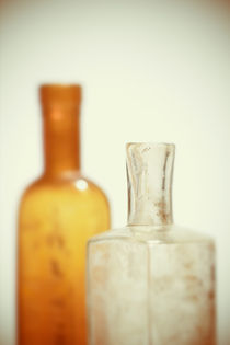 Alte Flaschen by dresdner