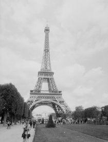 Eiffel tower by mvg foto