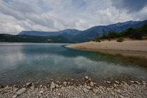 Lake of Sainte-Croix von Peter BABILOTTE
