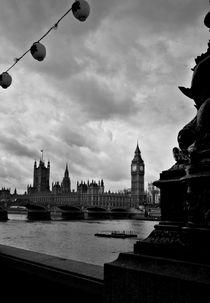 Alien in London by jahsi