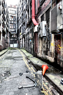 Glasgow: Empty Alley by David McDonald