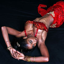 Img-6988-laying-red-lady