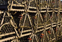 Wooden lobster traps, Cape Cod, USA von John Greim