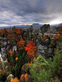 Gebirge im Herbst von Wolfgang Dufner
