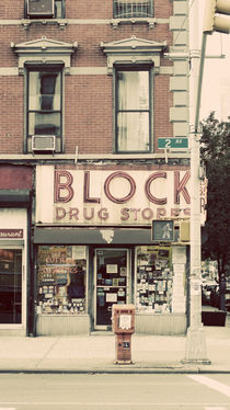 Lower East Side Drugstore von Darren Martin