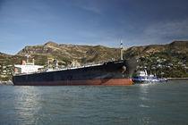 Ship in Lyttenton harbor New Zealand  von michal gabriel