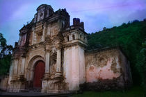 Colonial-church-ruin-antigua-guatemala