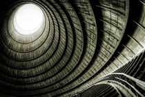 The eye of the cooling tower von David Pinzer
