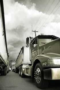 Trucks von J Nathaniel Dicke