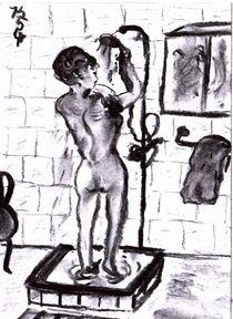 Frau duscht von Kerstin Schuster