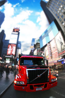New York Times Square - Truck by temponaut