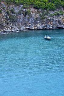 real blue water in St. Bart von Juan Carlos  Medina Gedler