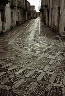 Raining in Erice by RicardMN Photography