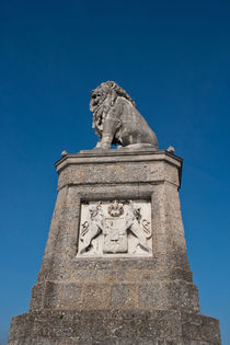 Statue of a lion in Lindau by safaribears