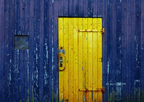 Yellow and blue door by RicardMN Photography