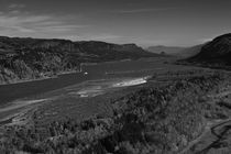 110211-columbia-gorge-01-vista-point-b-w