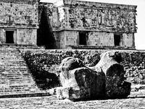 Governor's Palace, Uxmal von Noe Casas