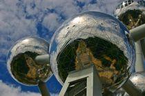 Atomium 1 by rheo