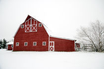 Snowy-red-barn