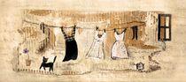 Kleider im Hof von Christine Lamade