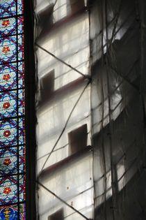 Südfenster Kölner Dom mit Gerüst von Kathrin Kiss-Elder