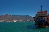 Cape Town Mountain View by Yvonne Hamilton