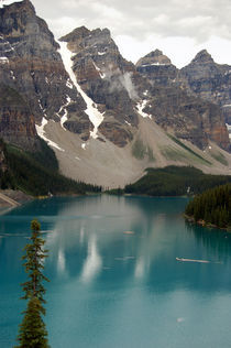 Moraine Lake, Alberta, Canada by RicardMN Photography