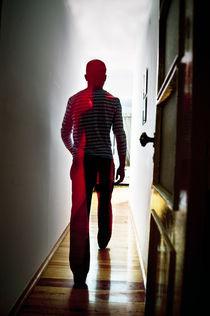 the walking by Pedro Celestino