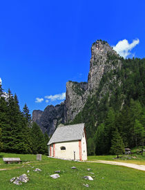 Kapelle im Tal by Wolfgang Dufner