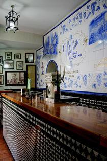 a moment in a bar von Maria Victoria Anelli