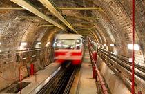 Tunnel von Evren Kalinbacak