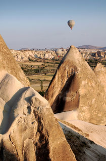 Hot air balloons over Cappadocia von RicardMN Photography