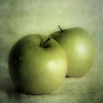 apple painting by Priska  Wettstein