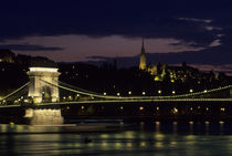Chain Bridge by Wolfgang Kaehler