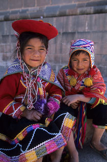 Local Children In Traditional Clothing (Quechua) by Wolfgang Kaehler