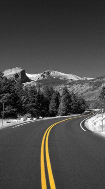 Straße in die Berge by buellom