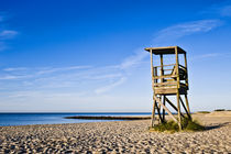 Lifeguard stand, Cape Cod, USA by John Greim