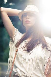 Sunglight by Simona Naciadis