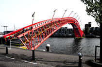 Amsterdam-borneo-sporenburg-red-bridge