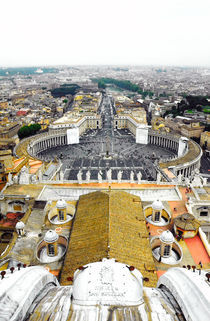 Rome-st-peters-basilica-square-vertical