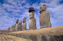 The 15 Moais at Ahu Tongariki von Danita Delimont