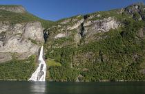 Scenic fjord view near Geiranger von Danita Delimont