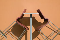 Cafe Table and Chairs von Danita Delimont